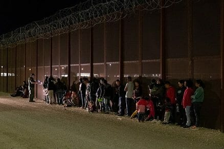 En esta nota informamos del debate sobre la apertura de frontera México Estados Unidos. La imagen es de la frontera.