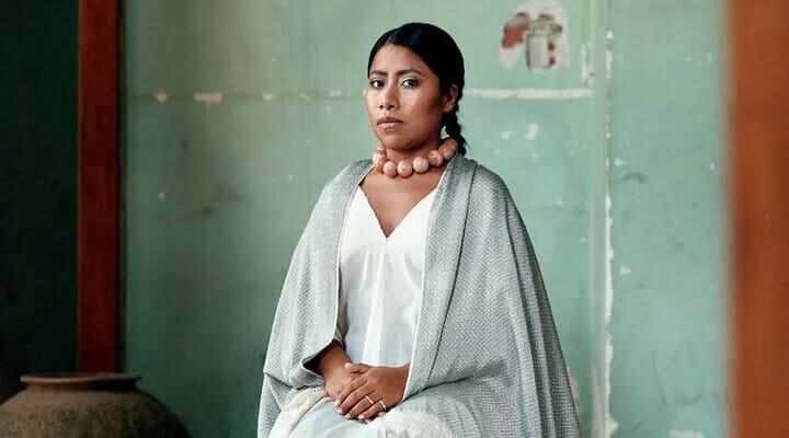 Yalitza Aparicio, es una profesora y actriz, que saltó a la fama por su aparición en Roma, una película dirigida por el mexicano, Alfonso Cuarón.